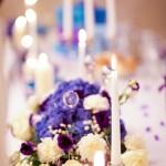 Detalii decorative lumanari si aranjamente florale