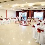 Decor nunta alb rosu-grena sala Deco Motel Bucium