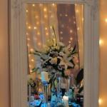 unique-moments-aranjament-floral-in-oglinda-trandafiri-crini-prhidee-lalele-cale-eustoma