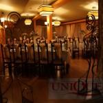 decor-restaurant-golden-stone