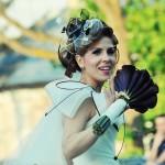 rochie-alb-negru-nanette-buchet-mireasa-cale-negre