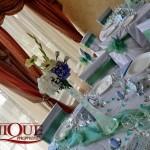 Aranjamente florale botez pe vaza inalta cu gel din hortensie albastra, alba, gerbere pentru botez Unique Moments