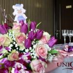 Aranjamente florale pentru prezidiu botez fata Unique Moments