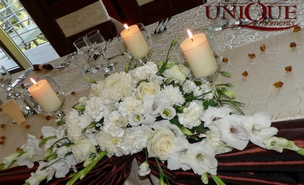 Aranjamente prezidiu din crizantele trandafiri eustoma gladiole Unique Moments
