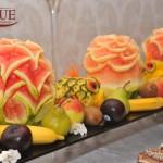 Masa fructe sculptate Motel Bucium