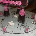 Masa primire decor cu boabe cafea hortensie roz lumanari Unique Moments