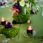 Aranjamente florale santini verde lumanari crengi orhidee verde roz mov decor nunta Motel Bucium