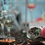 Decor prezentare 2011 negru fuchsia cristale pene Unique Moments